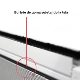 Burlete de goma sujetando la tela corredera | Mosquiteras ORG