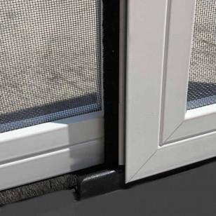 Fijación inferior puerta corredera marco   Mosquiteras ORG